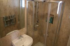 Grob-Shower-1