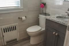 Upstairs-Bathroom1