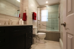 Vitale-Guest-Bath1