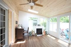 Deida-Sunroom-Pine-Ceiling
