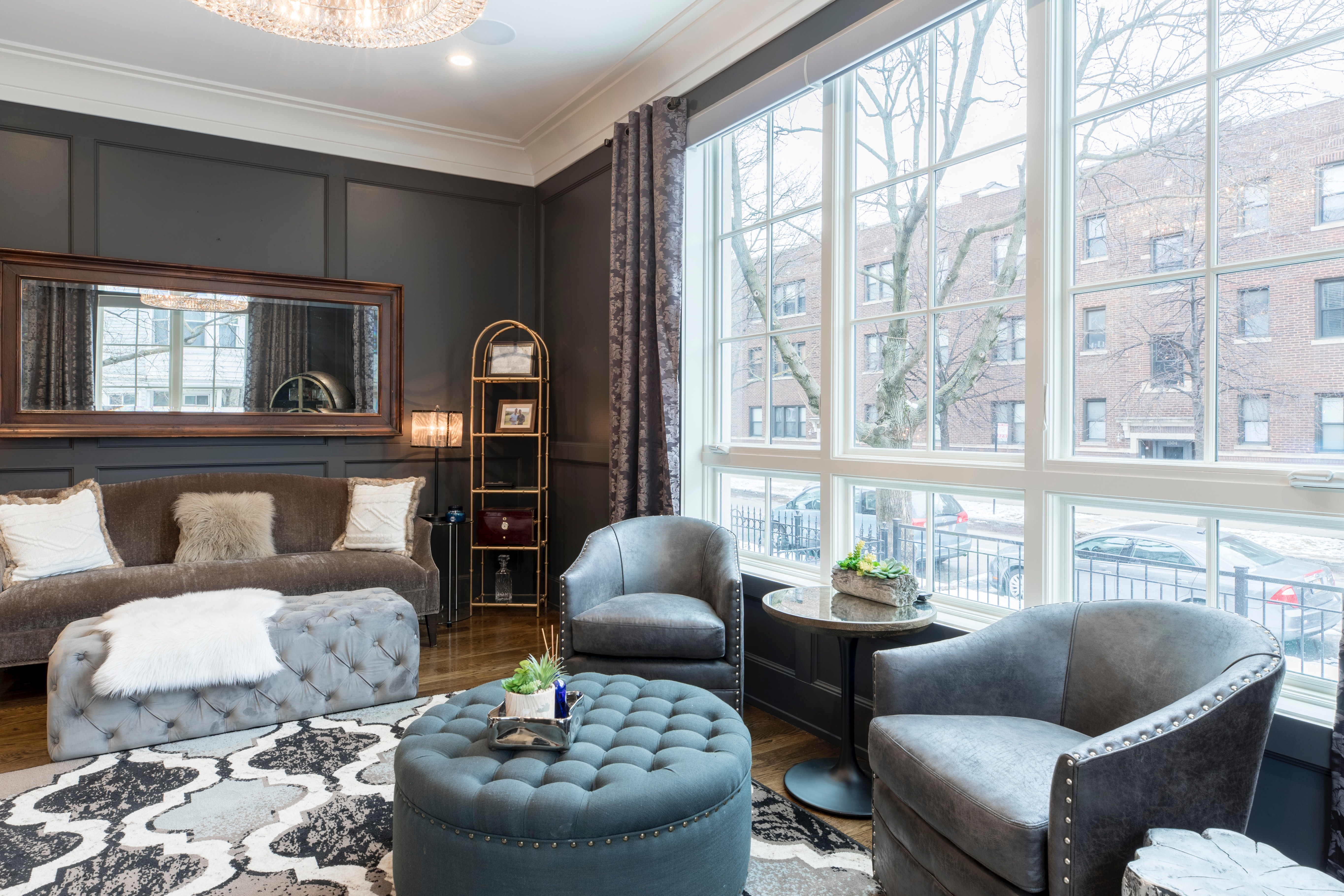 Successful Eclectic Living Room Design in 5 Easy Steps