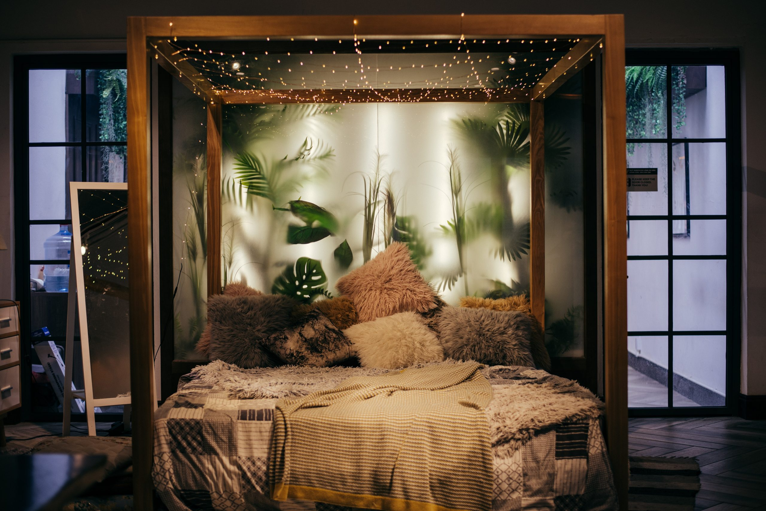 Best Bedroom Makeover Tips for Charming Look within a Small Budget