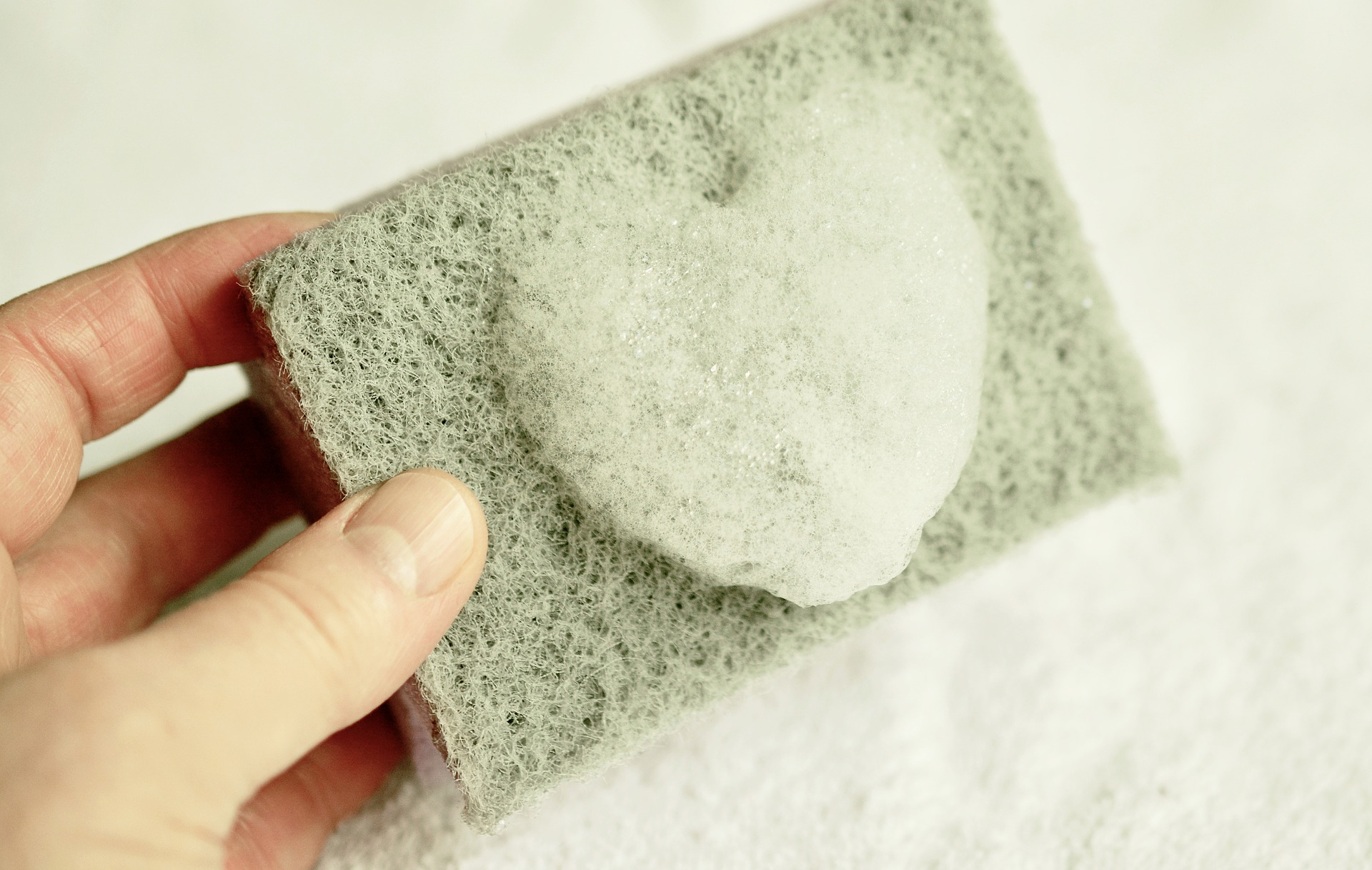 Essential Bathroom Cleaning Tips