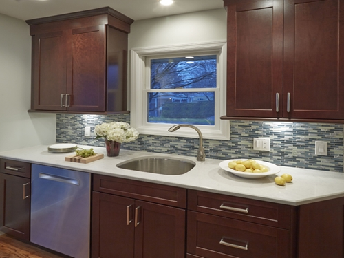 3 tips for designing a modern kitchen on a budget for Modern kitchen on a budget